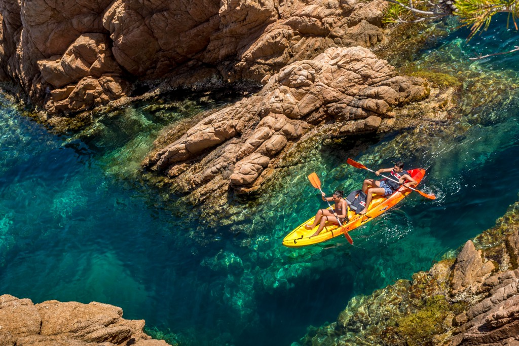 Kayaking tour in the Costa Brava from Barcelona